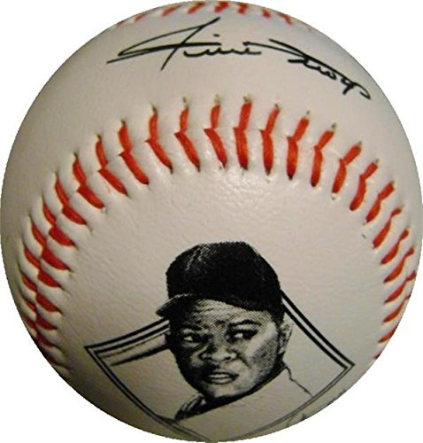 Signed Willie Mays Ball - facsimile commemorative) - MLB Unsigned Miscellaneous Autograph Warehouse