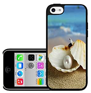 Beach Pearl in Oyster Hard Snap on Phone Case (iPhone 5c)