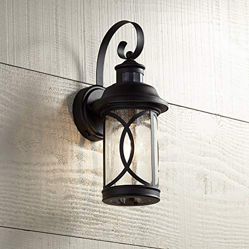 Mission Style Outdoor Wall Light in US - 1