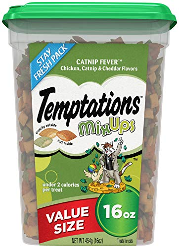 TEMPTATIONS MixUps Cat Treats CATNIP FEVER, 16 oz. Tub ()