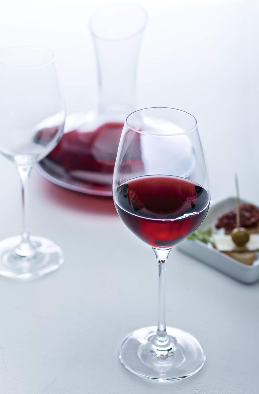 Leonardo Barcelona Rotweinset Teqton-Kristallglas 062060 3-teiliges Set 2 Rotweingl/äser und 1 Dekanter