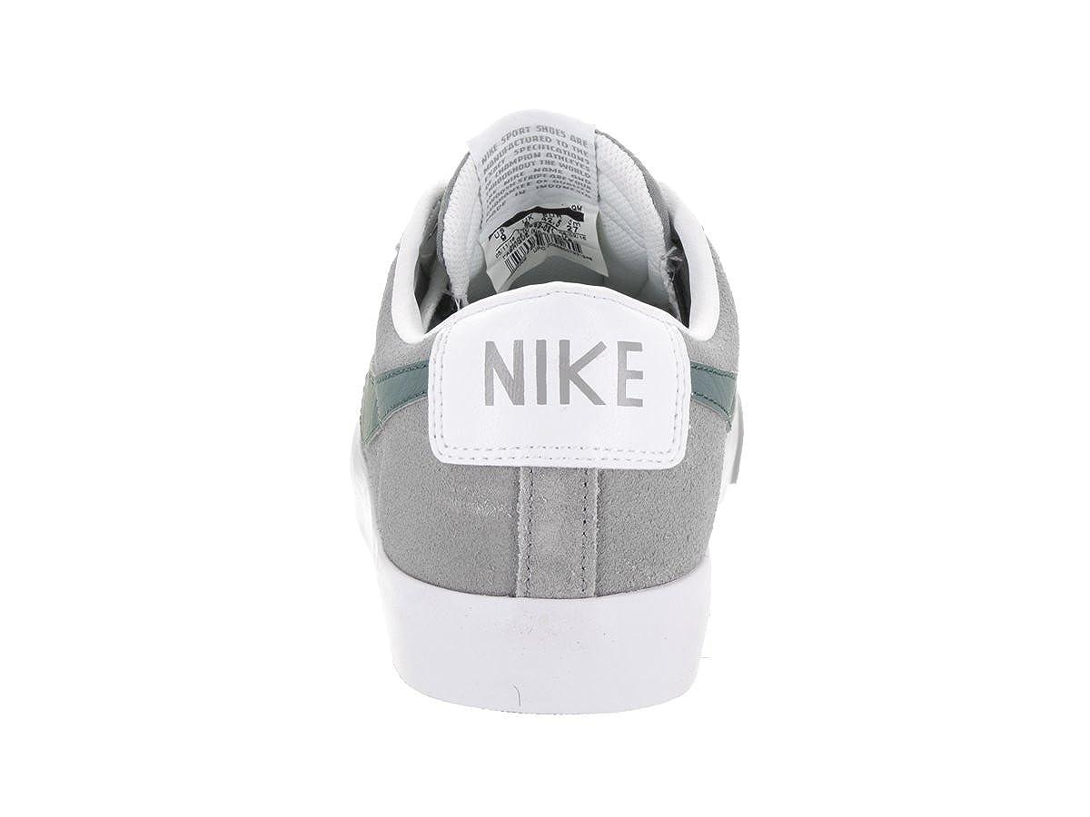 another chance f2c12 d4379 Amazon.com   NIKE Men s Blazer Low GT Dust Hasta WHT Pure Platinum Skate  Shoe 10 Men US   Skateboarding