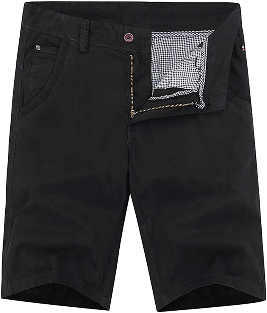 XUNFUNG Men's Outdoor Summer Lightweight Cotton Loose Fit Multi Pocket Shorts Showing The Knee