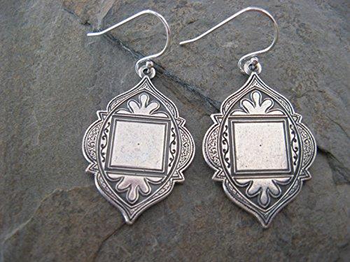 Vintage Style Medallion Dangling Sterling Silver Earrings Bohemian ()
