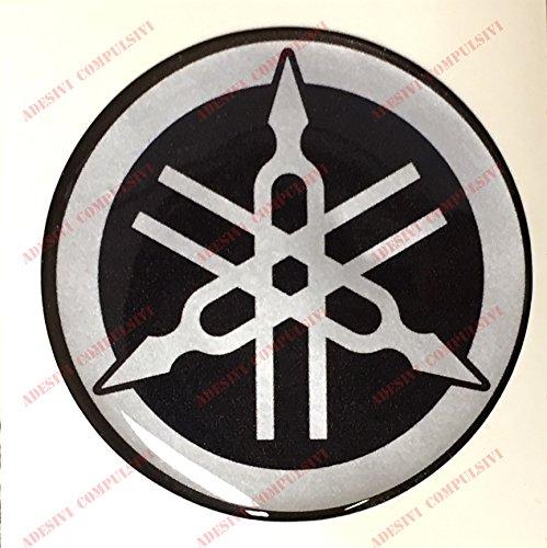 Escudo Logo Decal Yamaha, adhesivo, resina efecto 3d. ) Color Negro –  Plata. Para depó sito o casco resina efecto 3d. ) Color Negro-Plata. Para depósito o casco Adesivi Compulsivi