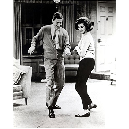 Mary Tyler Moore 8 inch by 10 inch PHOTOGRAPH Mary Tyler Moore The Dick Van Dyke Show Ordinary People B&W Pic Full Body Dancing w/Dick Van Dyke in Livingroom kn (Van Pic)