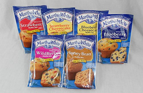 Martha White Muffin Lovers Variety Bundle of 6 Mixes: Wildberry, Strawberry, Strawberry Cheesecake, Blueberry, Blueberry Cheesecake and Honey Bran (Martha White Muffins)