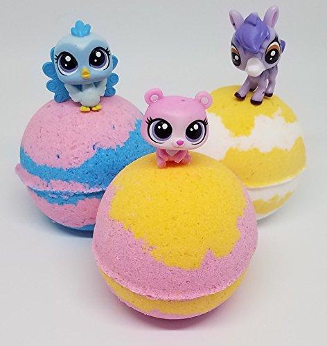 (3) Bath Bomb with (3) Littlest Pet Shop LPS Mini Figures in Marshmallow Creme fragrance kids bath bomb,spa set,spa party,bath bomb gift set Kids Creme