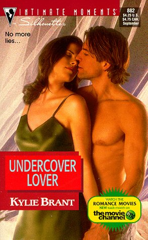 book cover of Undercover Lover