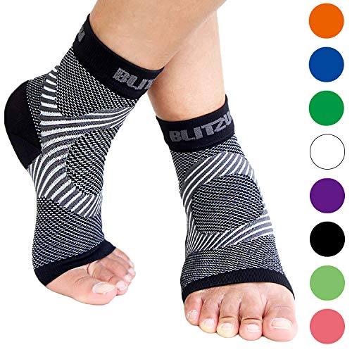 Plantar Fasciitis Socks with Arch Support, BEST Foot Care Compression Sleeve, Better than Night Splint, Eases Swelling & Heel Spurs, Ankle Brace Support, Increases Circulation, Relieve Pain BLACK -