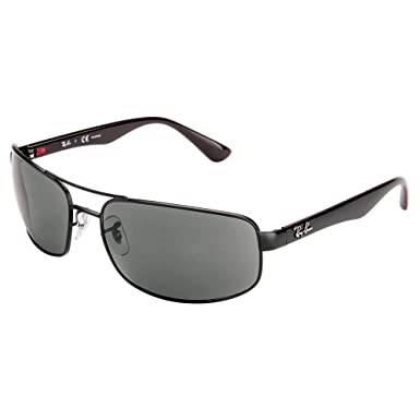69e0d2adce4 Amazon.com  Ray Ban RB3445 006 P2 61 Matte Black Gray Polarized Sunglasses  Bundle-2 Items  Clothing