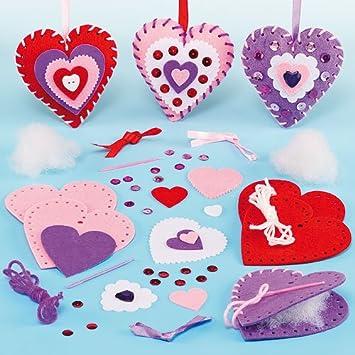 Nähset Für Kinder   Herzen Aus Filz Mit Geschnittenen Teilen Und  Plastiknadel Zum Basteln Ideal Zum