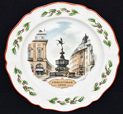 Wedgwood Queens Ware Christmas Plate - Piccadilly Circus c1982 (Piccadilly Circus Christmas)