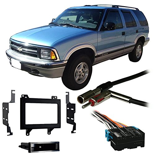 Fits Chevy S-10 Blazer 95-97 Double DIN Stereo Harness Radio Install Dash - Blazer Chevrolet S10 Dash