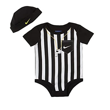 Nike Sports Baby Boys 2-pc Bodysuit Onesie and Hat (6-9 Months ... 61e5473b6ce