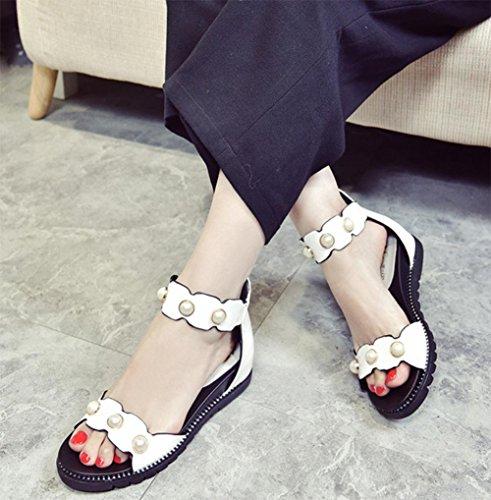 Sommer mit niedrigeren Absätzen offene Sandalen Perle Verschluss Wort nach Reißverschlusstasche mit flachen Sandalen weiblichen Sandalen white