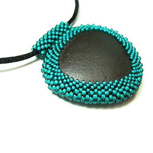 ed Black River Rock Pendant in Jungle Green (32 inches) (Beadwoven Green)