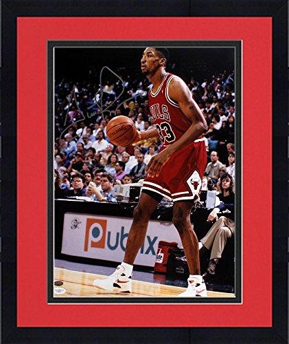 Scottie Pippen Signed Photograph - Framed 16x20 - JSA Certified - Autographed NBA Photos