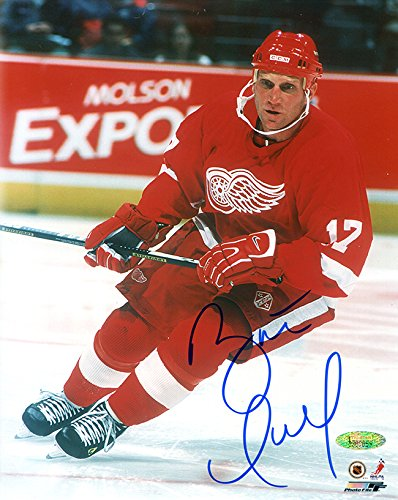 Brett Hull Autographed Detroit Red Wings 8x10 Photo TRISTAR COA