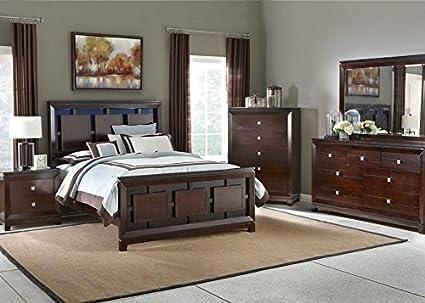 Sanibel 8 Pc. King Bedroom Furniture Set