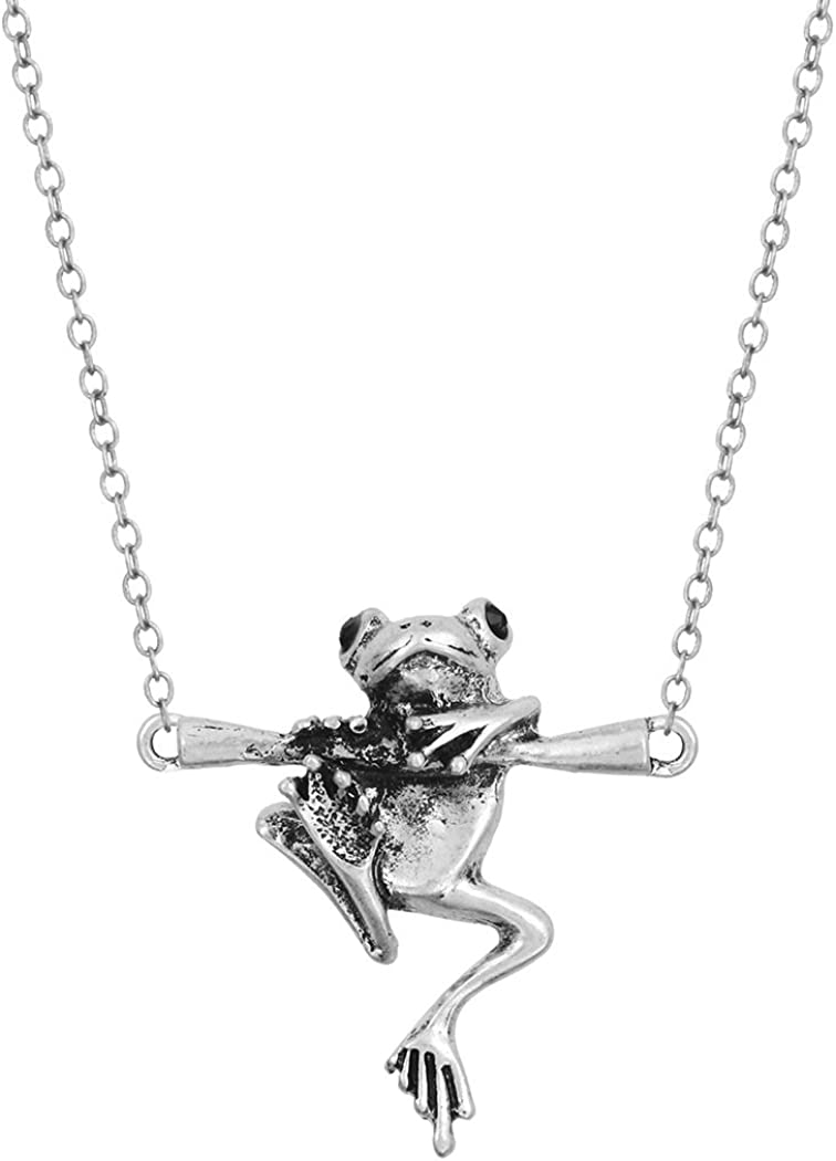 Cute little frog alloy charm or pendant Set of 1.