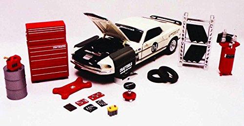 Repair Garage Series - Phoenix Garage Diorama Accessory Set 18420 - 1/24 scale diecast car diorama accessory by Phoenix