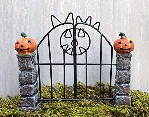 Pumpkin Pillar (Miniature Dollhouse Fairy Garden Mini Halloween Resin Pumpkin Pillars W Gate)