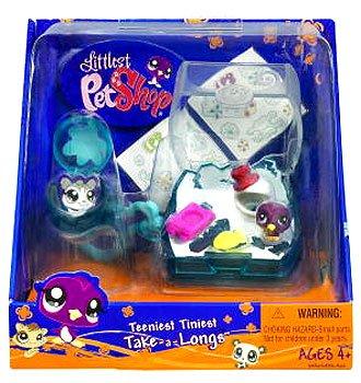 Littlest Pet Shop Teeniest Tiniest Take-A-Longs Mini Figure Penguin