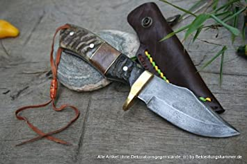 Cuchillo de acero de damasco