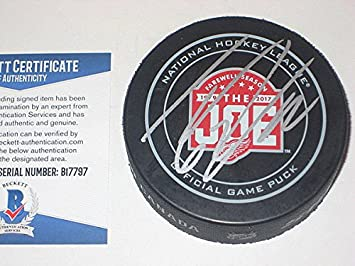 f9b407bbd Image Unavailable. Image not available for. Color  Thomas Vanek Signed ...
