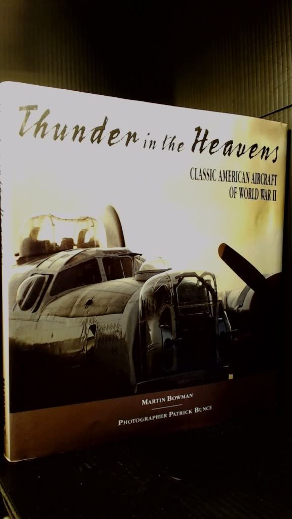 Download Thunder in the Heavens : Classic Aircraft of World War II PDF