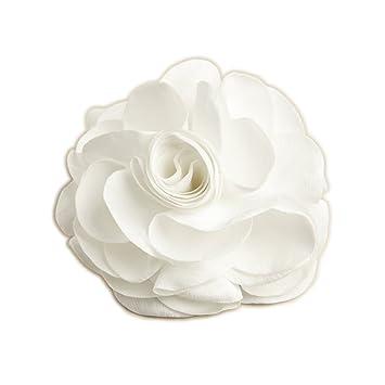 76c9aaf955a Amazon.com   Cynthia White Silk Rose Wedding Bridal Hair Clip or Pin    Beauty