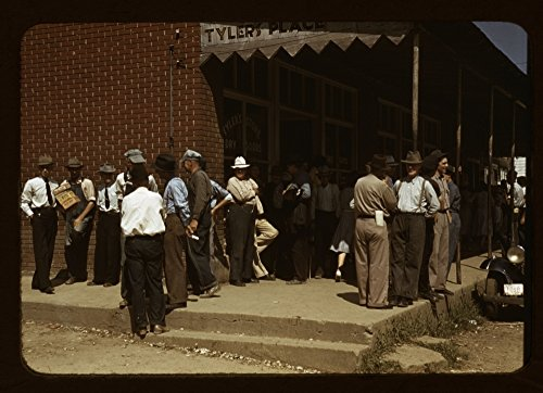 1939 Photo Farmers and townspeople in center of town on Court Day, Compton [i.e. Campton], Ky. awning sign