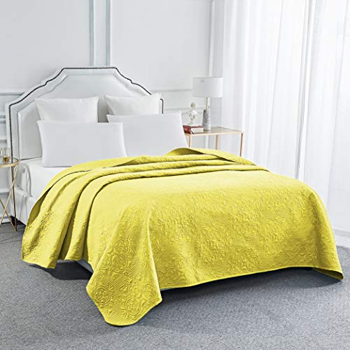 Sophia and William Bed Quilt Bedspread Coverlet - Reversible, Lightweight - King Size, Gold