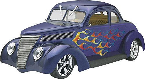 Revell '37 Ford Coupe Street Rod Plastic Model Kit (Plastic Rod Model)