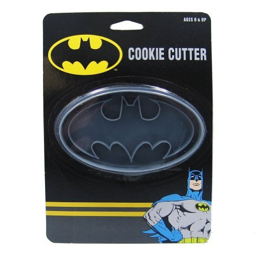 ICUP DC Batman Logo Cookie Cutter