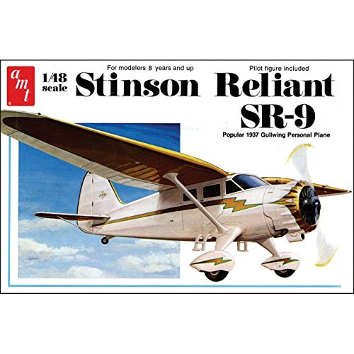 AMT AMT905/12 1/48 Stinson Reliant Airplane