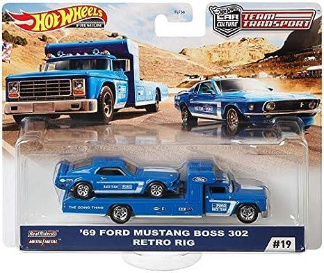 Hot Wheels Team Transport Retro Rig