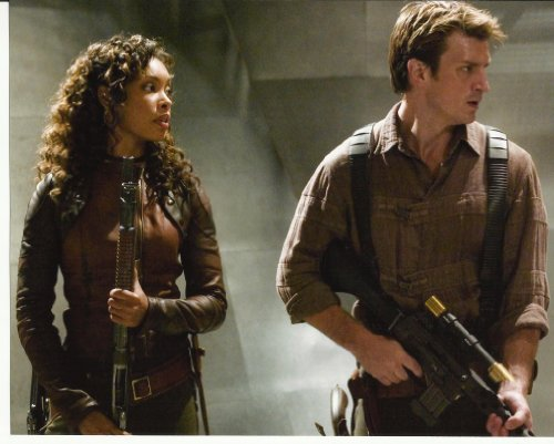 Serenity Nathan Fillion & Gina Torres 8x10 Cast Photo Firefly weapons drawn