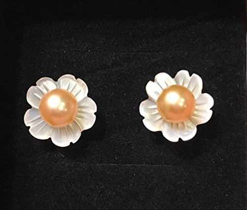 (QQZEAL five petals vivid carved Exquisite White Lip Shell Flower,White Mother of Pearl with freshwater pearl and sterling silver earing studs (12mm, 5A grade white five petals with pink pearl bead))