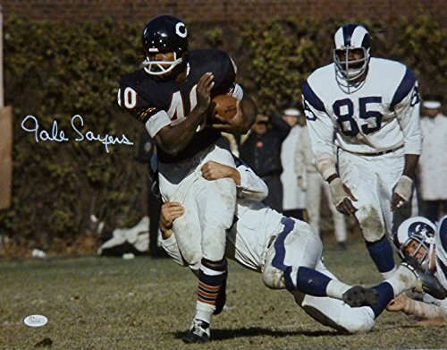 Gale Sayers Autographed Chicago Bears 16x20 Photo (vs Rams) (Gale Sayers Autographed Bears)