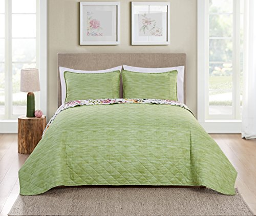 VCNY Home 3 Piece Brooke Reversible Bedding Quilt Set, Queen, Multi by VCNY Home