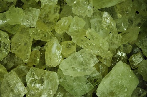 Hiddenite 'AAA' Grade Untrimmed Facet Rough - 125 Carat Lot | Lapidary for Faceting, Wire Wrapping, Reiki