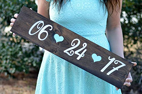 CELYCASY Save The Date Sign, Wooden Engagement Photo Shoot Prop, Wedding Date Sign, Rustic Wedding Sign, Engagement Pictures, Country Wedding Decor ()