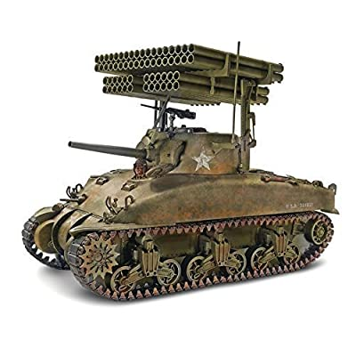 Revell/Monogram Sherman M4A1 'Screamin' Mimi Model Kit: Toys & Games