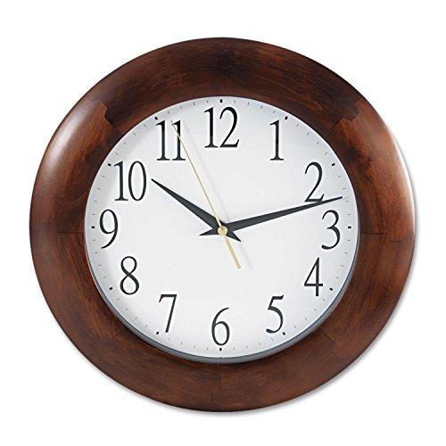 UNV10414 - Universal Round Wood Clock (Universal Round Wood Clock)