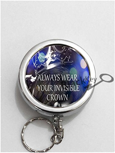 (BlackKey Always Wear Your Invisible Crown Round Portable Pocket Cigarette Ashtray Ash Holder with Key Ring -1)