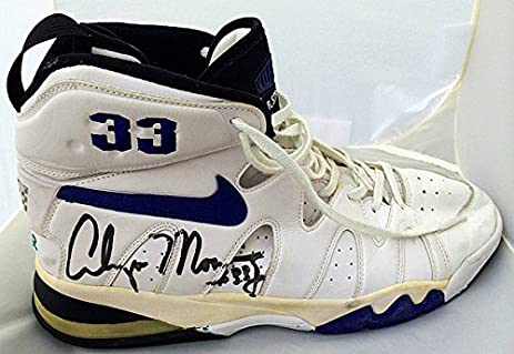 Alonzo Mourning Autographed Charlotte Hornets Game Used Nike Shoes - JSA  Certified