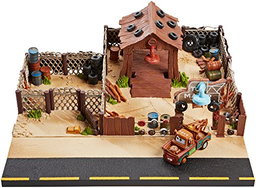 Disney Pixar Cars Playsets - Disney/Pixar Cars Mater's Towing and Salvage Playset and Vehicle