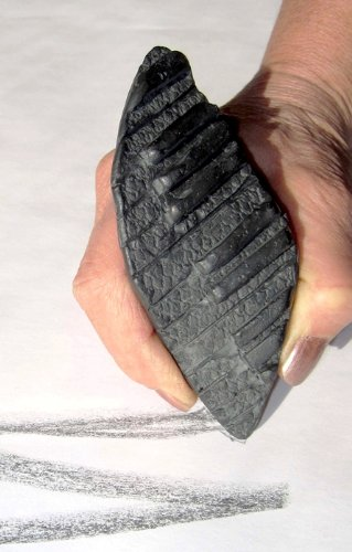 (The Zen Stone Garden Flowing Keys Shaped Graphite Sculpture Drawing/Writing Tool Made in the USA)